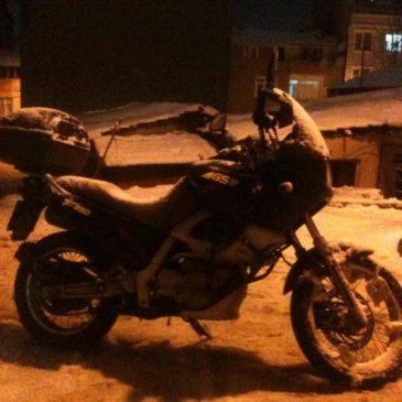 Karda-Kışın  Motosiklet Kullanmak Hakkında Püf noktalar