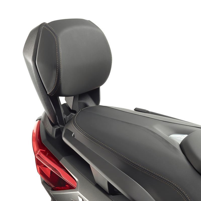 1SD-F843F-00-00-passenger-backrest-cushion-x-max-detail-001.jpg