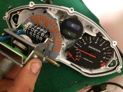 Honda cbf 150 Kilometre saatinin içi Gösterge ışıkları değişimi
