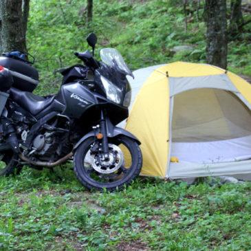 Motosiklet Ve Kampta Güneş Paneli Kullanımı
