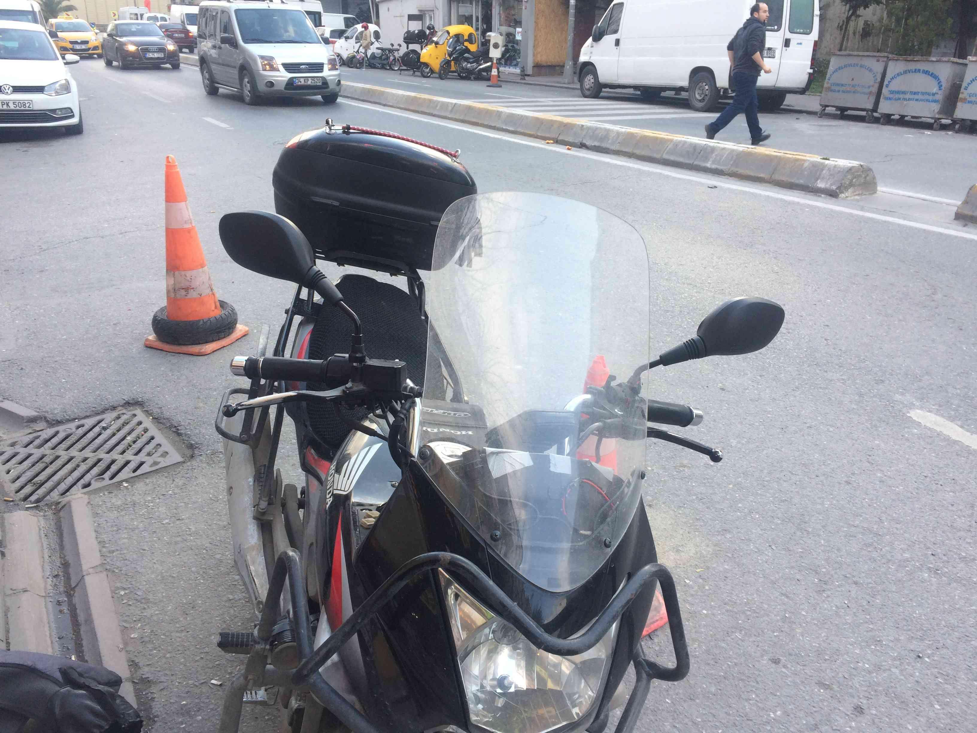 Honda cbf 150 ye Ybr 125 aynası uygulaması.Daha geniş ayna
