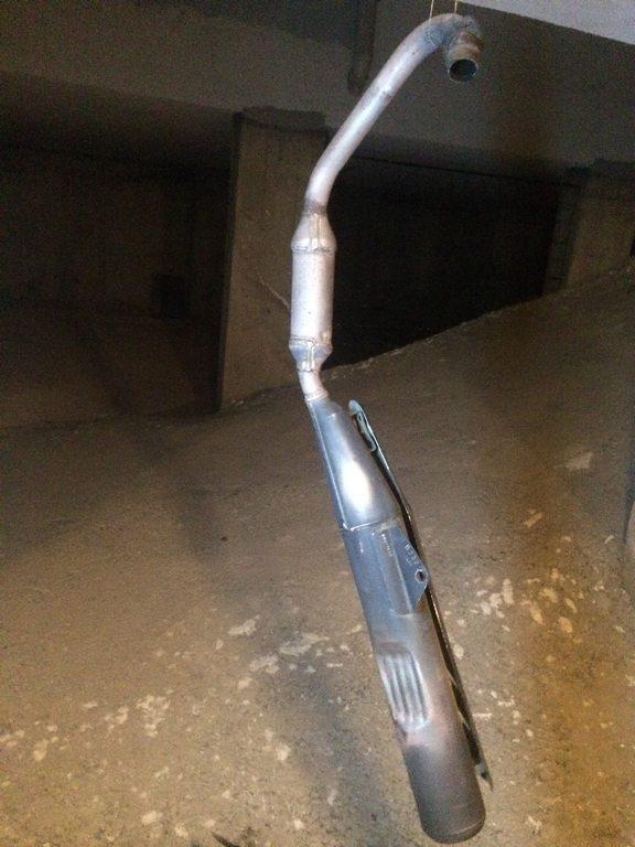 Honda cbf 150 Paslı Egzosu temizleme ve Boyama işlemi