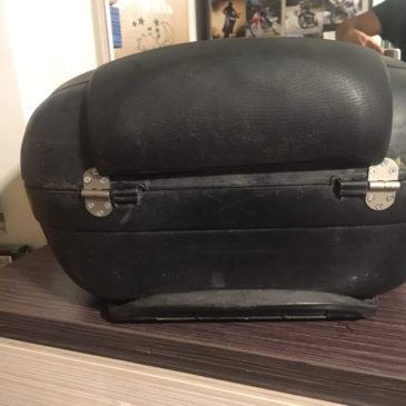 Kırılan Motosiklet Çantasını Onarmak Topcase Onarımı  Shad sh48-Sh45