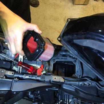 Yamaha Mt07 Tracer Hava filtresi Nasıl değiştirilir ?  Püf Noktaları nelerdir?